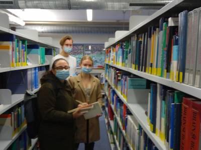 Bibliotheksführung in der Medizinischen Fachbibliothek am Klinikum Ingolstadt